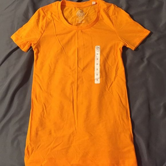 NWT. Orange tee NWT. Orange t-shirt. Size small. So perfect tee. SO Tops Tees - Short Sleeve