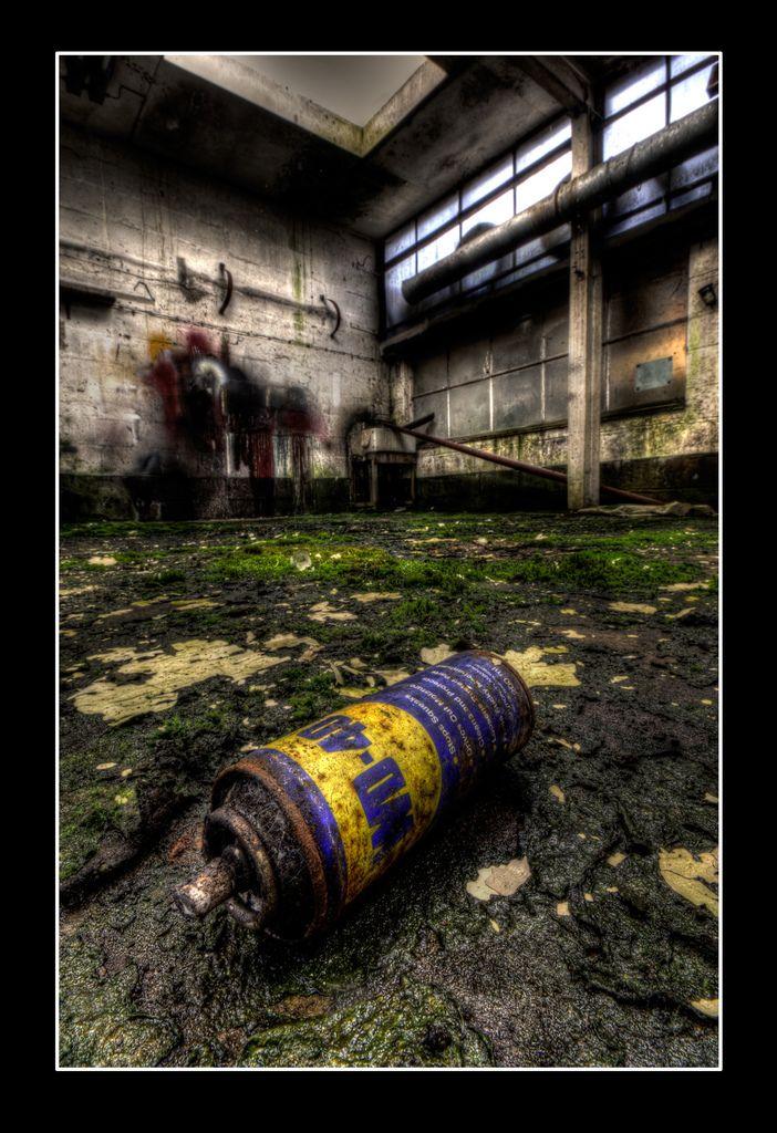Abandoned WD40   par Andy Kent 100