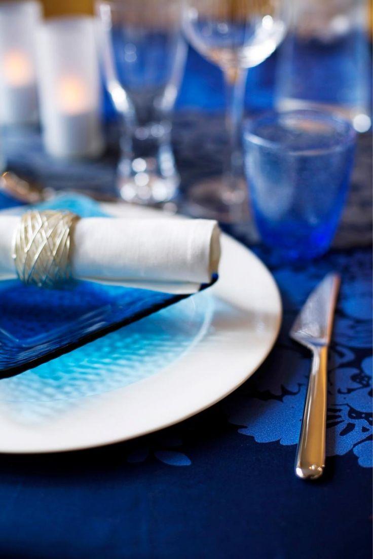 Järjestä juhlava itsenäisyyspäivä kotona ja kata pöytään ihana menu! Tunnelmaan on hellpo virittäytyä, kun valitset tarjolle suomalaisia raaka-aineita.