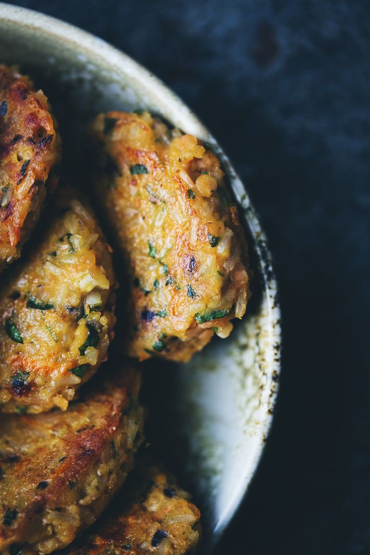 Green Kitchen Stories » Lentil and Rice Patties with Dates, Pomegranate and Feta