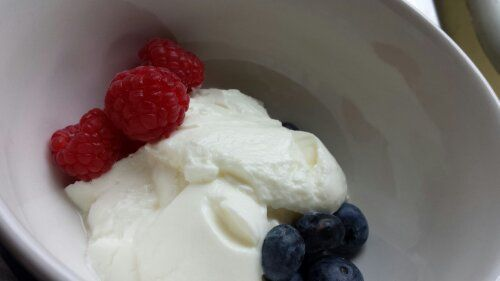 http://fitnesshealth.co.uk/why-live-yoghurt-is-so-good-for-you.html Why Live Yoghurt  is So Good