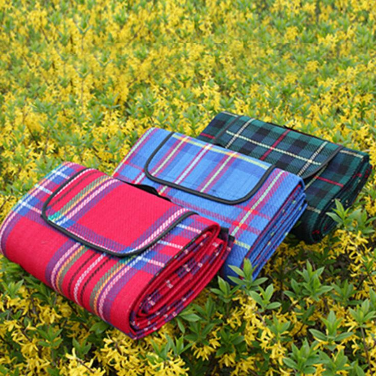 Cheap picnic blanket, Buy Quality waterproof beach blanket directly from China blanket outdoor Suppliers:               High Quality 1.4m x 2.1m Portable Waterproof Emergency Space Rescue Thermal Mylar Blankets Free ShippingUS