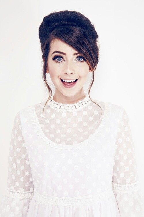 I'm sure zoe sugg is the most beautiful person on planet earth ♡♥♡