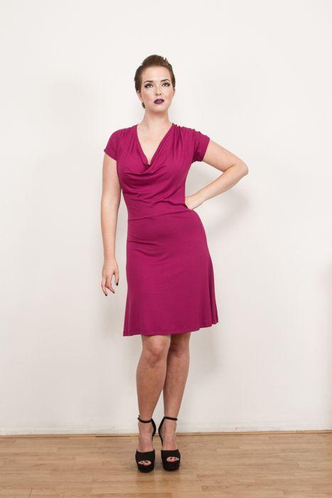 Leonie viscose tricot dress in dark pink, now on sale at www.hemeldress.com