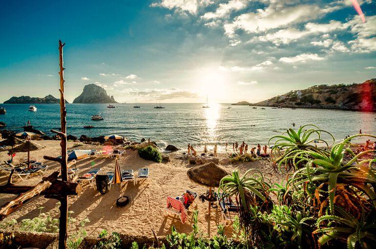 Balear Adaları'nın Parti ve Eğlence Dünyası İbiza
