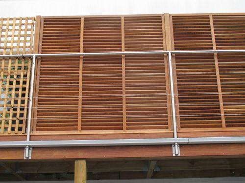 Terrasse tanche avec bac acier et platelage bois idee cloison garde corps - Gouttiere pour balcon ...