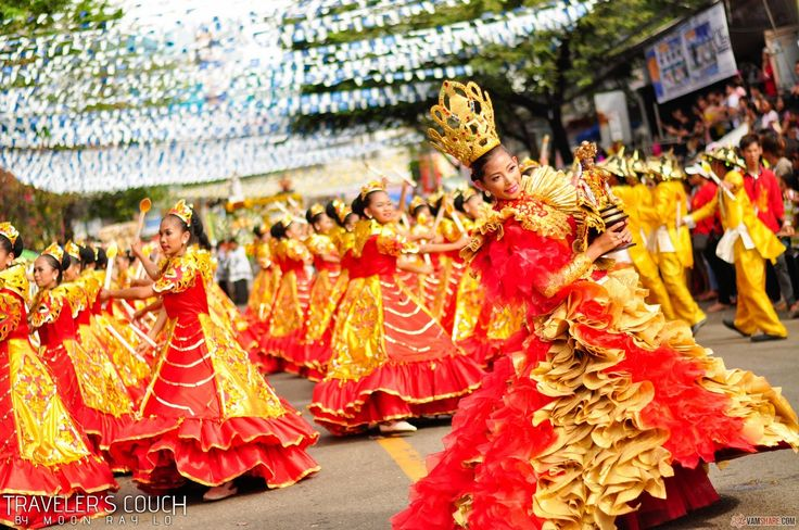 My birthplace, Cebu!!! SINULOG is this legendary festivity that you shouldn't miss your lifetime. It is a feast for the infant Jesus... but who knows what really happens during the 9 day festivity.