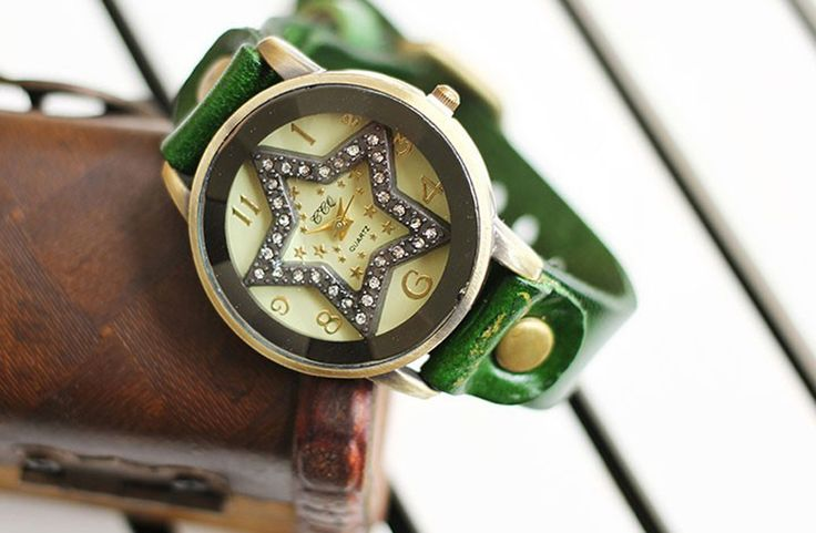 Star Bezel Set Crystal Leather Quartz female watch (Green )
