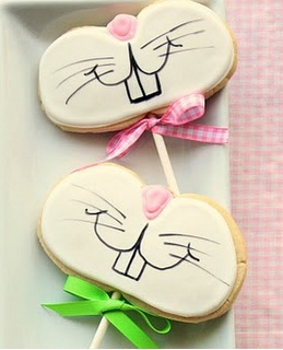 Easter bunny cookie lollipops