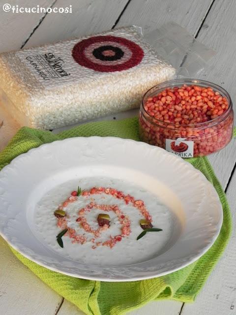 Crema di riso carnaroli al caprino con cruncy rice paprika gelatina di mele