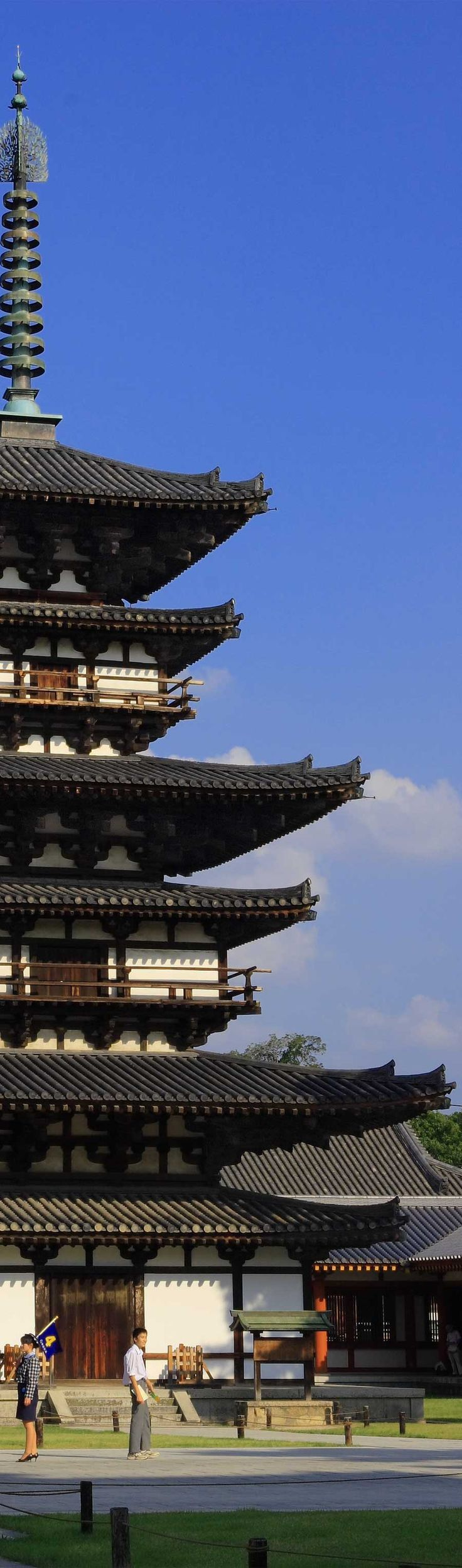 Pagoda of Yakushi-ji temple, Nara, Japan 薬師寺