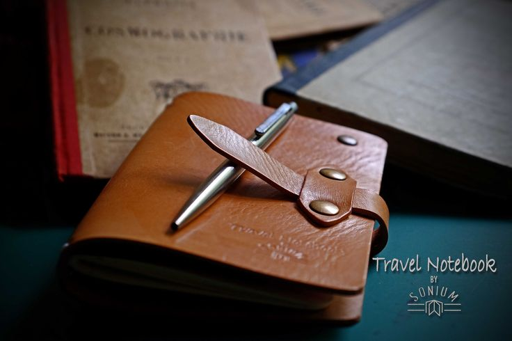 "Introducing the ""Field Notes"" Cover Notebook to last a lifetime  Our Portuguese vegetable tanned leather ensures our natural dyes capture the beauty and unique characteristics of hand crafted SONIUM LEATHER products. We believe well crafted products can pass through generations to tell sentimental thoughts and ideas that will influence generations to come.  SONIUM LEATHER Proudly handmade in Portugal Connecting Generations"