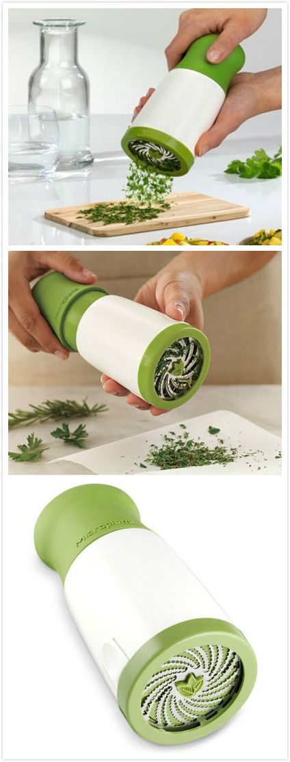 Cutting up the food by rotating stainless steel blades. Suitable for herb, vegetables, nuts, chocolate, etc. Great for onions and even garlic so your fingers don't smell and it saves time.