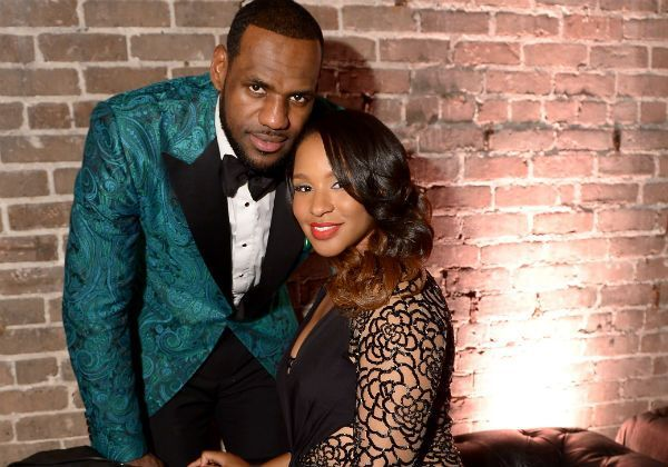 LeBron James And Wife: Savannah Posts FIrst Full Body Photo Of Zhuri [VIDEO]