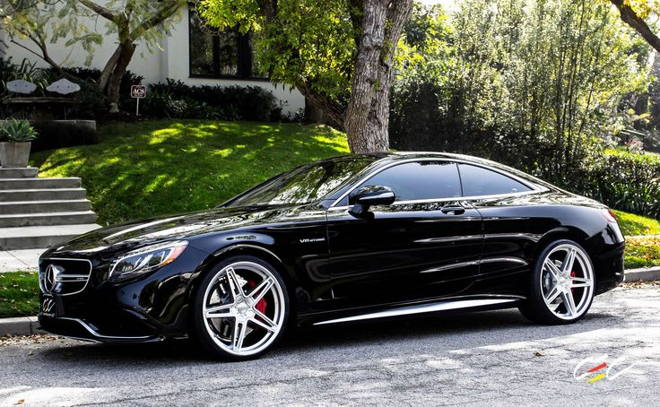 MercedesBenz S63 AMG Coupe with staggered 22 Mercedes