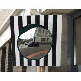 Miroir rond sortie vehicule autorisé domaine public
