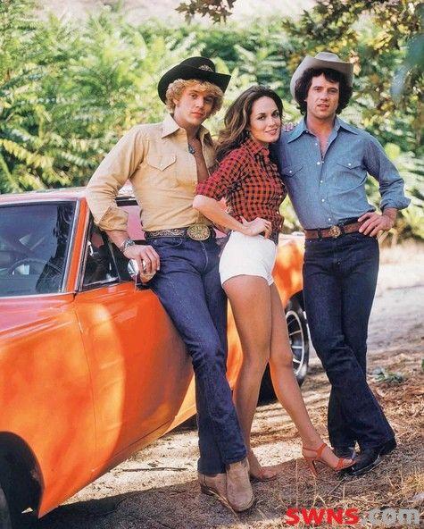 the dukes of hazzard this was my tv family daisy duke was like a pretty tom boy cool concept by mauricio thx - Daisy Dukes Halloween Costume