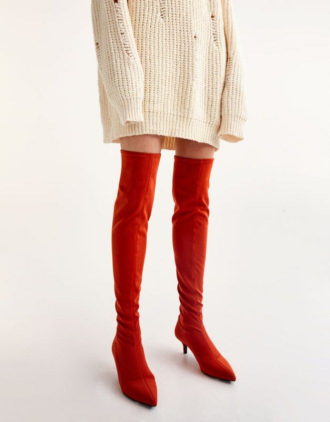 Tendance bottes : les cuissardes qui nous font rêver #cuissardes #rouge #hiver #mode #aufeminin