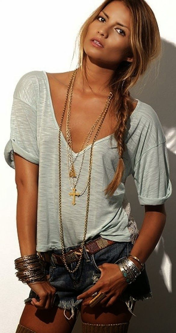 Casual summer look with t-shirt and denim short