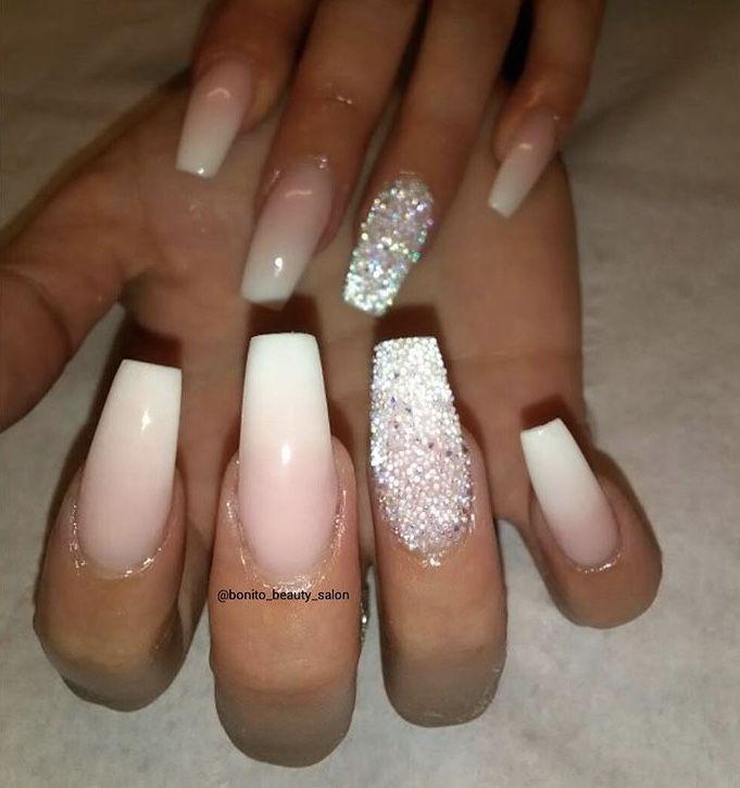 Babyboomer, Pink-weißes Ombré mit Swarovski-Pixie-Kristallen #ombre #ombren … – Haare , Make-up und Nägel