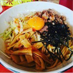 日比谷線入谷駅徒歩10分くらいにあるラーメン屋らーめん蘭で油そば食べてきましたー(Д)  初めて食べたむちゃくちゃ美味いですねこれからの暑い季節辛くて美味い油そばはスタミナもあっていいですね(o)/また来ようヽ()ノ tags[東京都]