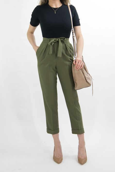 1 MONTH of Business Casual Work Outfit Ideas for Women 1