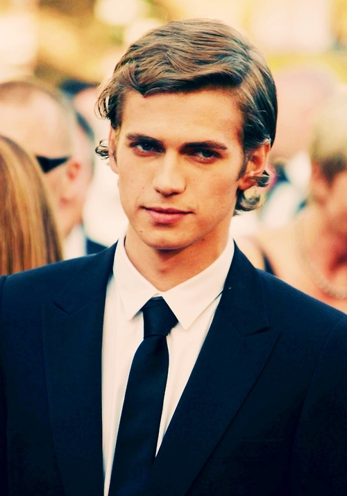 65/100 Pictures of Hayden Christensen
