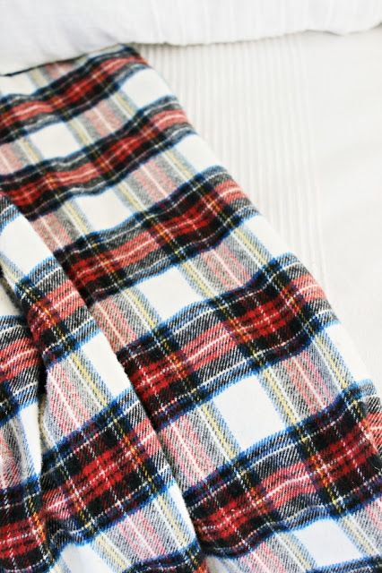 Happy At Home: Quick and Easy Cozy Flannel Blanket