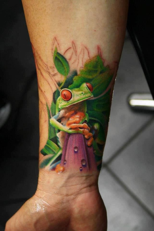 46 Best Realistic Amp 3d Frog Tattoo Ideas Images On Pinterest Tree Frog Tattoos Frogs And Cool Tattoos