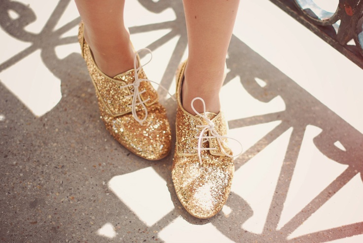 *: Fashion Make Up, Sparkly Shoes, Gold Glitter Shoes, Oxfords Shoes, Gold Sequins, The Cities, Dance Shoes, Gold Shoes, Stay Golden