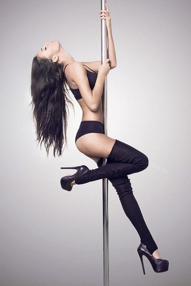Pole pose...makes me want to put my pole up lol
