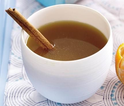 Holiday Cocktails Under 150 Calories: Clementine Mulled Cider. Sip this cider when temps get chilly. The brew--spiced with cinnamon, cloves and Clementine peels--will definitely warm you up (especially if you spike it with rum!). Bonus: Cooking the mix on your stove makes your home smell delicious. #SelfMagazine
