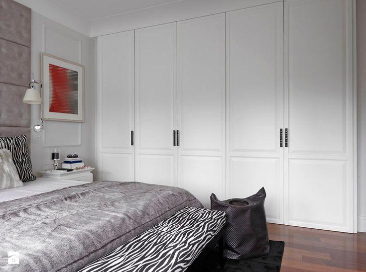 Apartament w Warszawie - Średnia sypialnia małżeńska, styl glamour - zdjęcie od BBHome