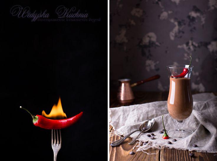 Шоколадный мусс с чили и ежевикой. Wedyjska Kuchnia - вегетарианское блаженство вкусов.