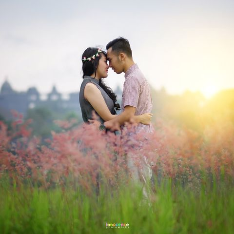 This is incredible! Unique work by  innocence photoworks http://www.bridestory.com/innocence-photoworks/projects/jajang-and-icha