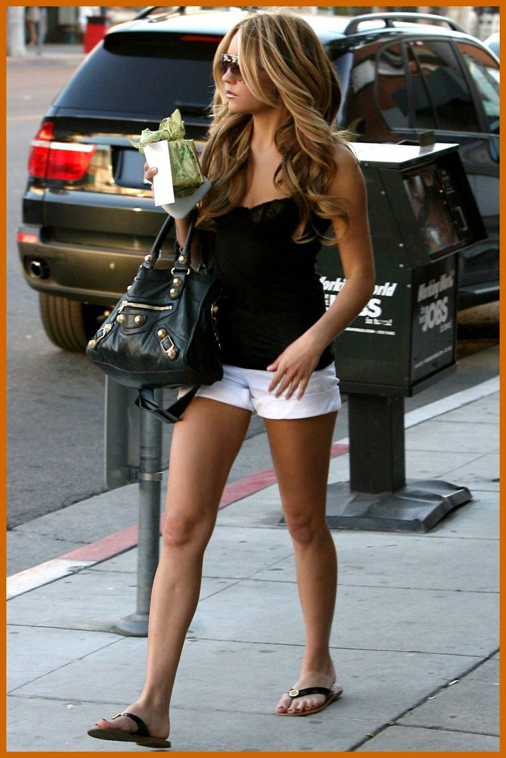 ♥ the look! I believe this is Amanda Bynes before she went loco!! Ha!