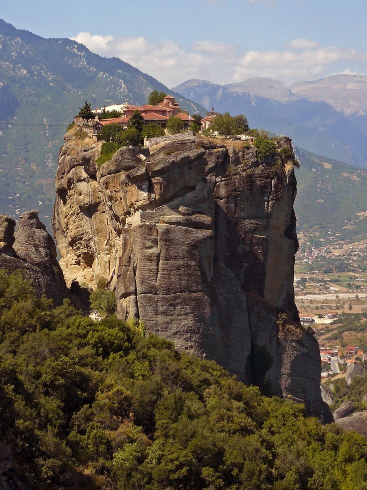 """Agia Triada (holy trinity) monastery......one of 6 INCREDIBLE greek orthodox monastaries in the METEORA (""""suspended in the air""""...or """"in the heavens above"""").....in greece, on the edge of the plain of thessaly........REALLY interesting....and BEAUTIFUL.....click through for more STUNNING photos.....and then read MORE on wikipedia and here!!! http://www.sacred-destinations.com/greece/meteora"""