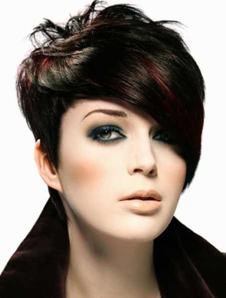 Black is BACK:  Draag jij deze herfst zwart haar?? Bekijk hier gave zwarte kapsels!