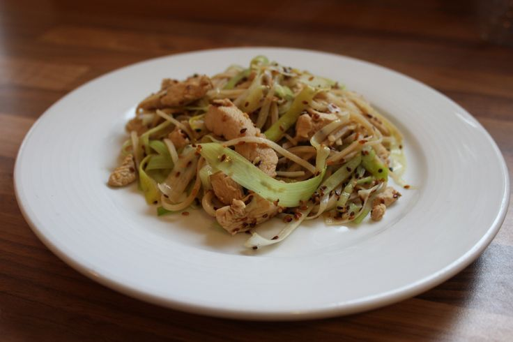 A delicious flavoursome sesame chicken stir fry with leek and noodles. I find marinated chicken stir fry's generally require less oil and are healthier.