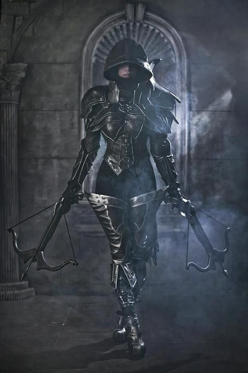 Female warrior w/ crossbows.  Not entirely certain the logistics on that one work for battle, but hey, looks epic.