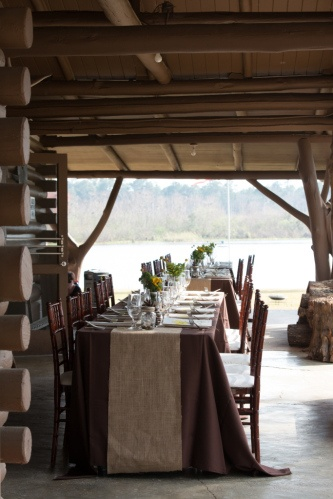 Awesome Dark Brown Tablecloths With Burlap Runners