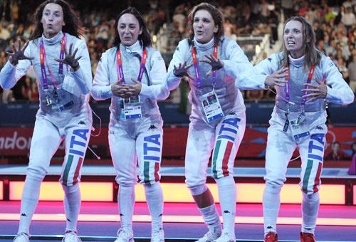 Il balletto del Dream Team. Foto - Immagini e Fotografia Olimpiche - Tutti i colori di Londra 2012 - Virgilio Sport