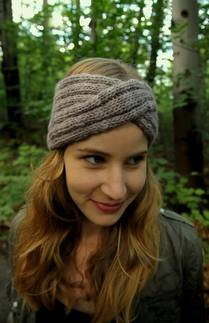 9 best knitting images on pinterest knitting free crochet and knit headband using aran weight yarn bankloansurffo Images