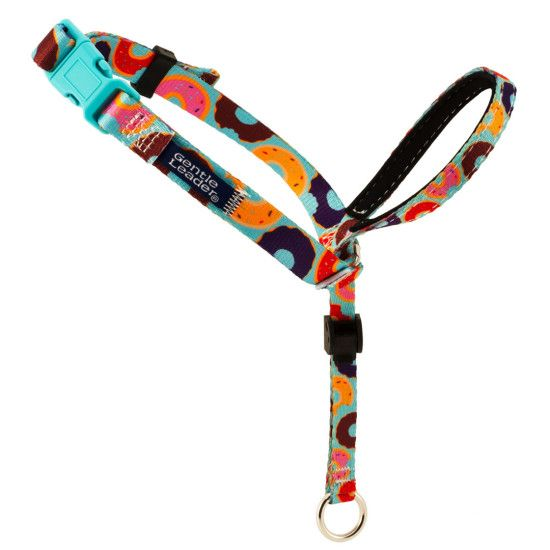The PetSafe® Gentle Leader® Chic Designer Headcollar and Leash prevents pulling, lunging, jumping, and other undesired behaviors with immediate control. Unlike traditional collars, the Gentle Leader...