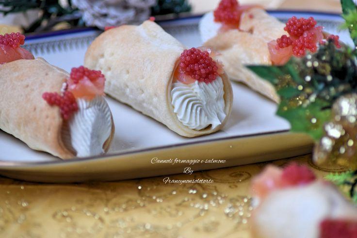 Cannoli salmone e formaggio