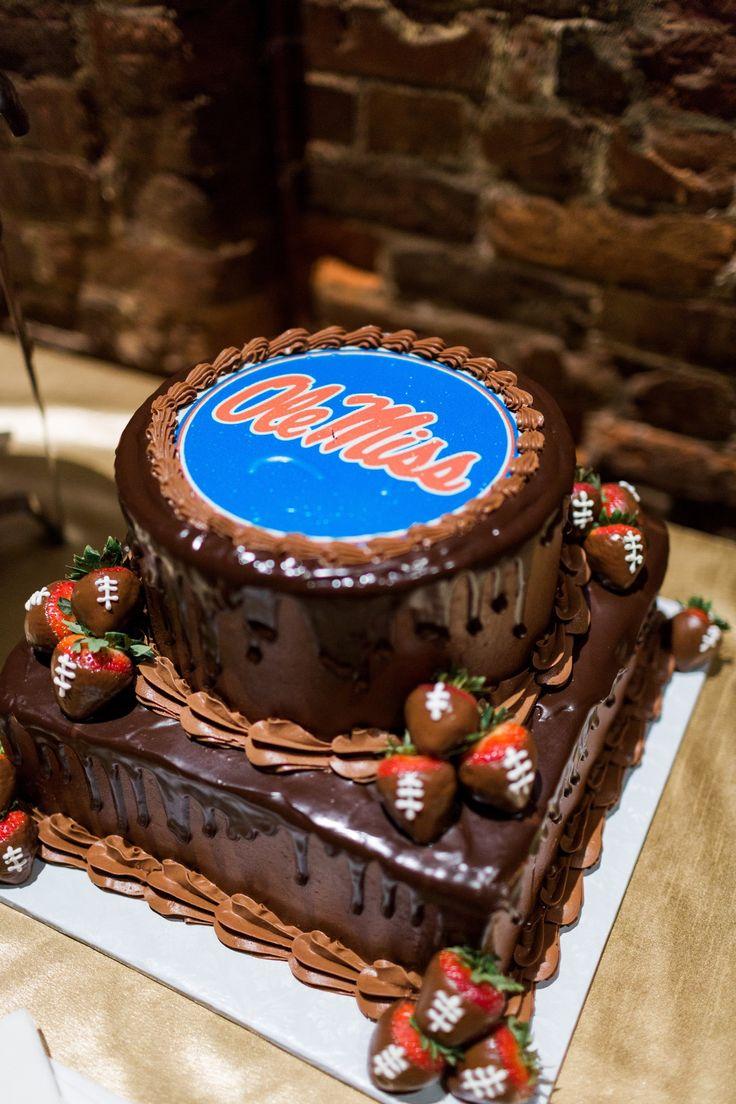 Best 25+ Chocolate grooms cake ideas on Pinterest | Vanilla ...