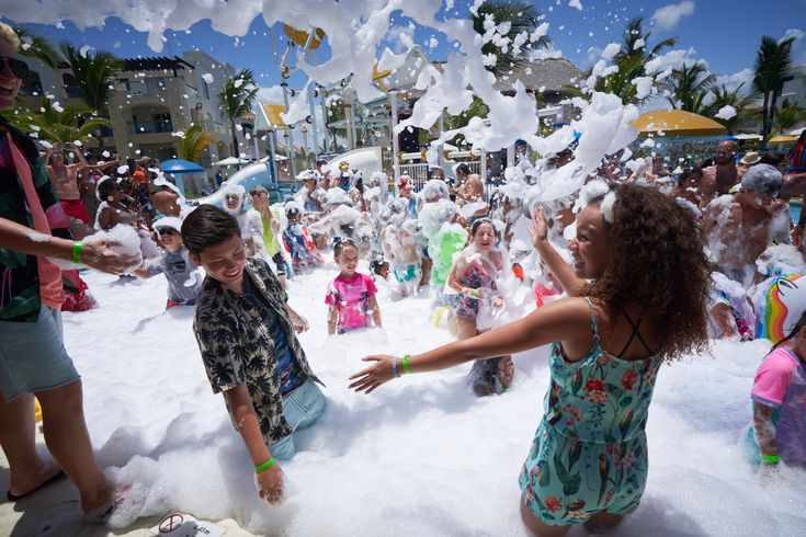 Foam Party At The Pool With The Kidz Bop Kids Kidz