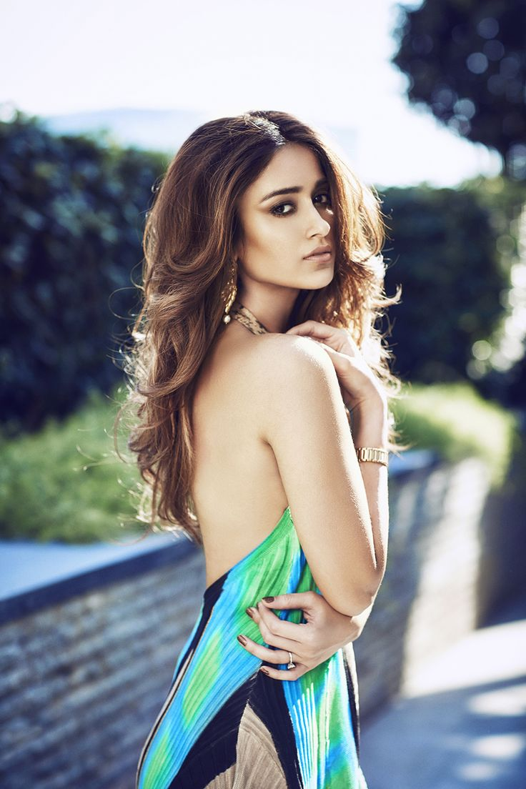 Noblesse Ileana D'cruz by Rohan Shrestha