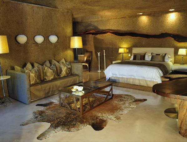Superior Safari Bedroom | Earth Lodge Gallery