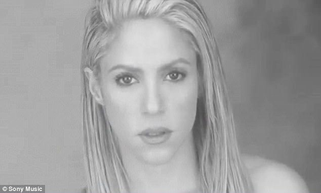 Shakira teams up with Maluma in new music video  In 2016 she teamed up with the handsome singer for the songChantaje.  And Shakira and Maluma have joined together again this time for the track Trap.  On Friday the mother-of-two debuted the music video for their latest song which was edited entirely in black and white.  Premiere: On Friday Shakira 40 debuted the music video for their latest song Trap  The video opens with the Colombian songstress 40 in a pool of water and steam.  Next Maluma…